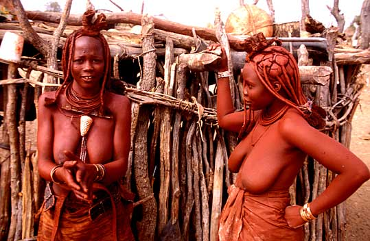 Two Himba women chatting